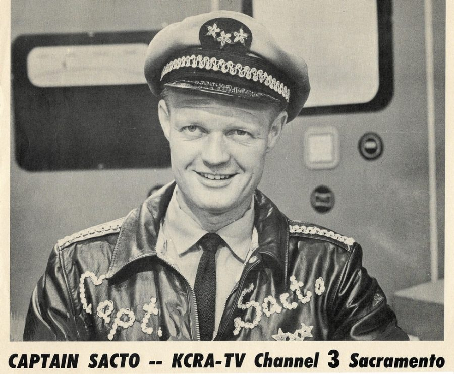 Fred+Wade+on+the+set+of+Captain+Sacto+in+1955.